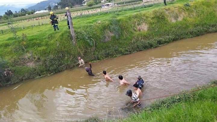 Rescatan sin vida a niño venezolano que cayó al río Chiquito 1