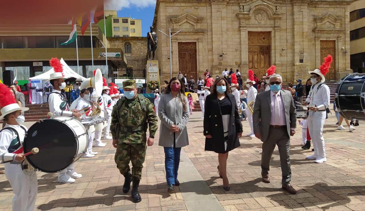 Ayer se levantó el telón de la Versión 40 de la Semana Internacional de la Cultura Bolivariana y los Países Hermanos en Duitama 1