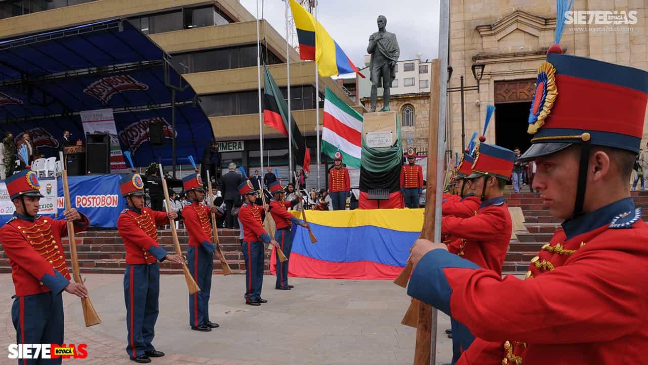 El creador de la Semana de la Cultura Bolivariana nos cuenta el pasado y presente del evento cultural más grande de Duitama #LaEntrevista7días 3