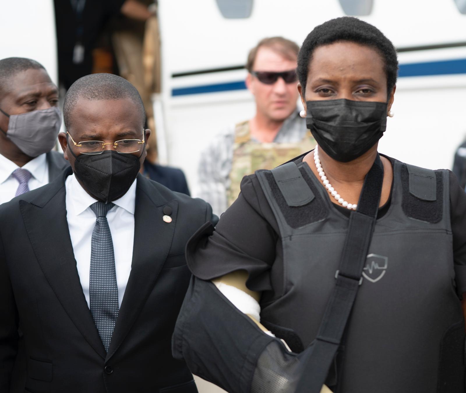 Martine Moise esposa del presidente asesinado en Haití regresó al país 2