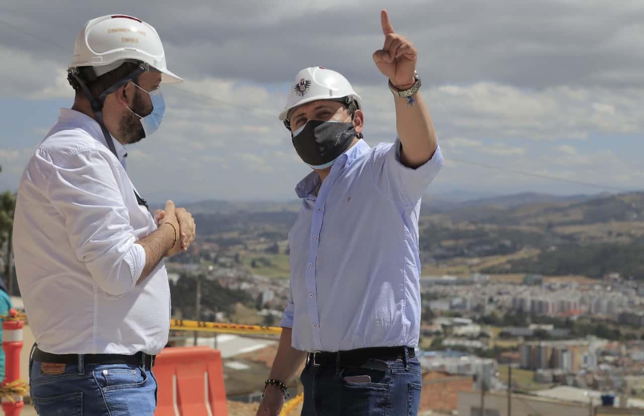 Reconoce el Galeno que el sector más fortalecido en medio de la pandemia de este año y medio ha sido la infraestructura de la salud.