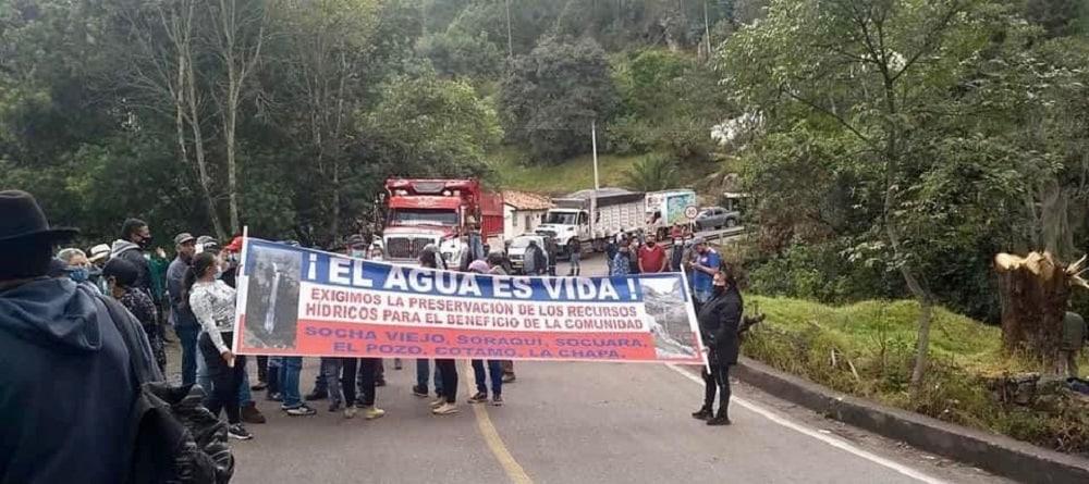 Protesta en la provincia de Valderrama por título minero de carbón que afectaría nacimientos de agua 1