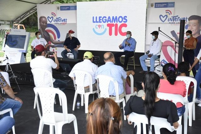 Con el objetivo de conectar a los colombianos con sus sueños, Internet para la vida, presenta Llegamos Con TIC.