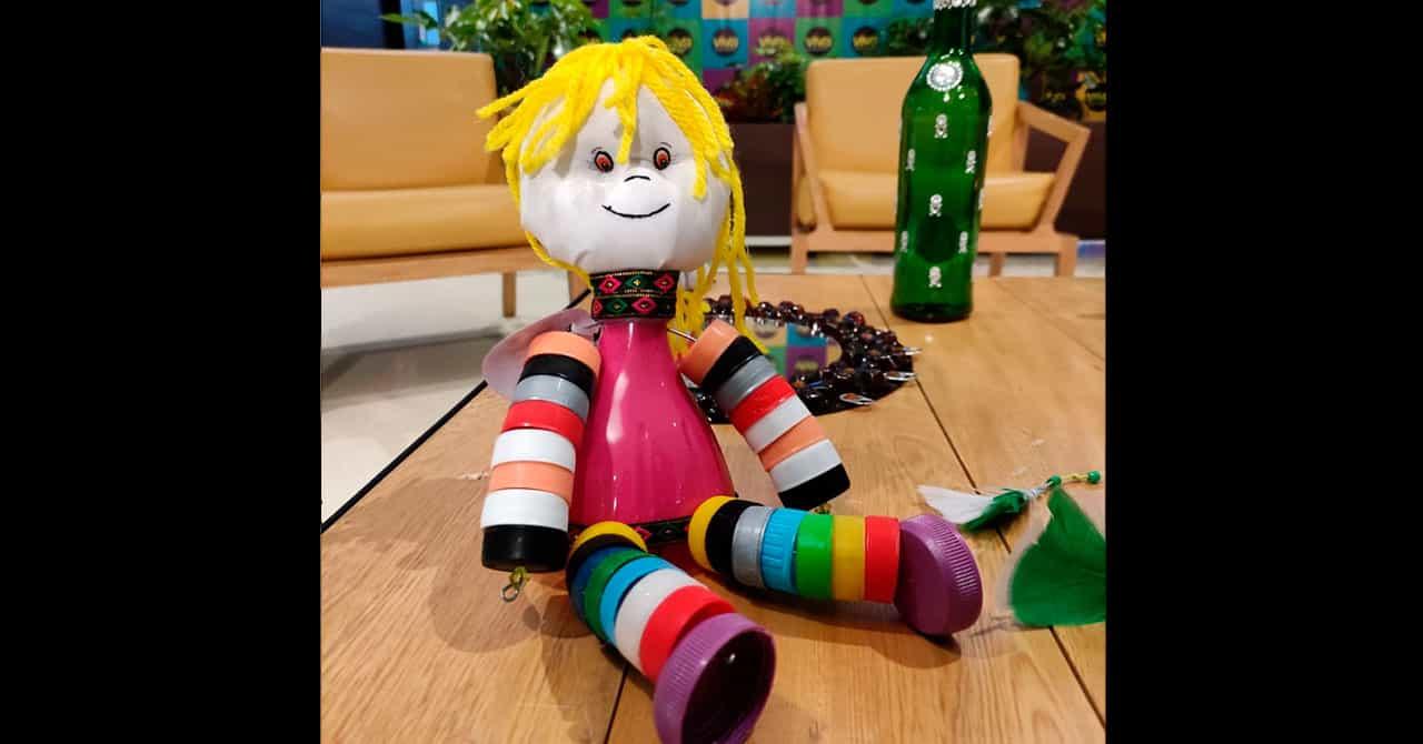 Creaciones de jóvenes de la Casa del Menor en el Centro Comercial Viva Tunja 2
