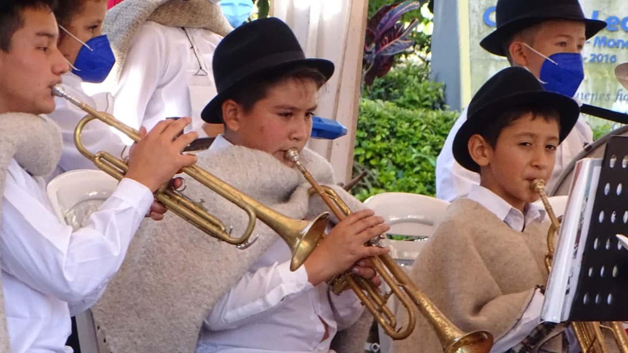Los niños de campos y veredas volvieron a entonar los aires de la esperanza en los zonales de bandas musicales. Fotografía archivo particular.