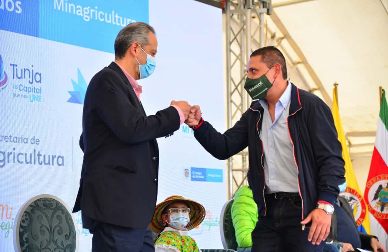 Omar Franco Torres viceministro de Desarrollo Rural, en Tunja durante el lanzamiento de la plataforma Mi Registro Rural. Foto: Oficina de prensa Alcaldía de Tunja.
