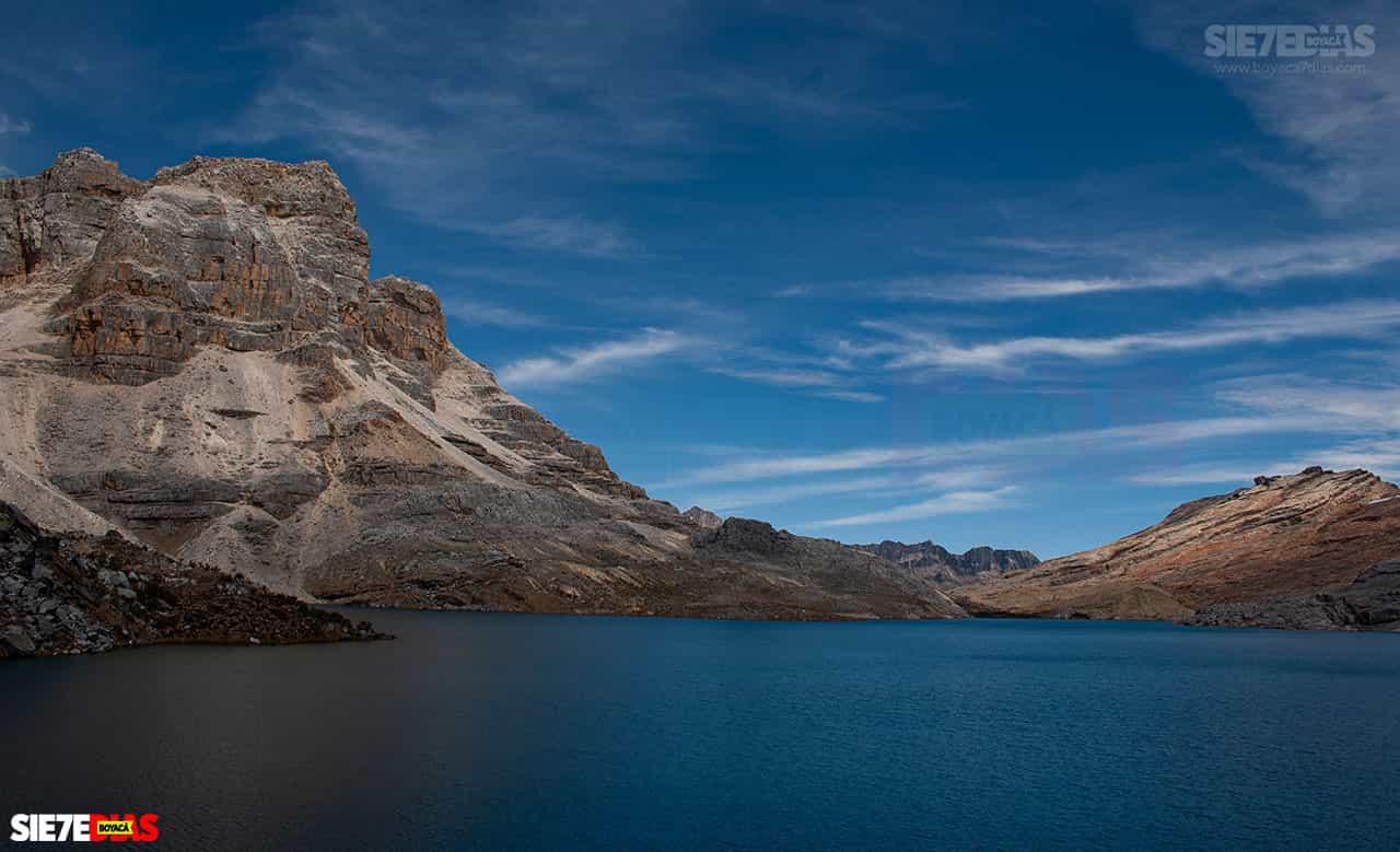 [Galería] - La Plaza, declarada la laguna más hermosa de Colombia y está en el Parque Natural El Cocuy #AlNatural 9
