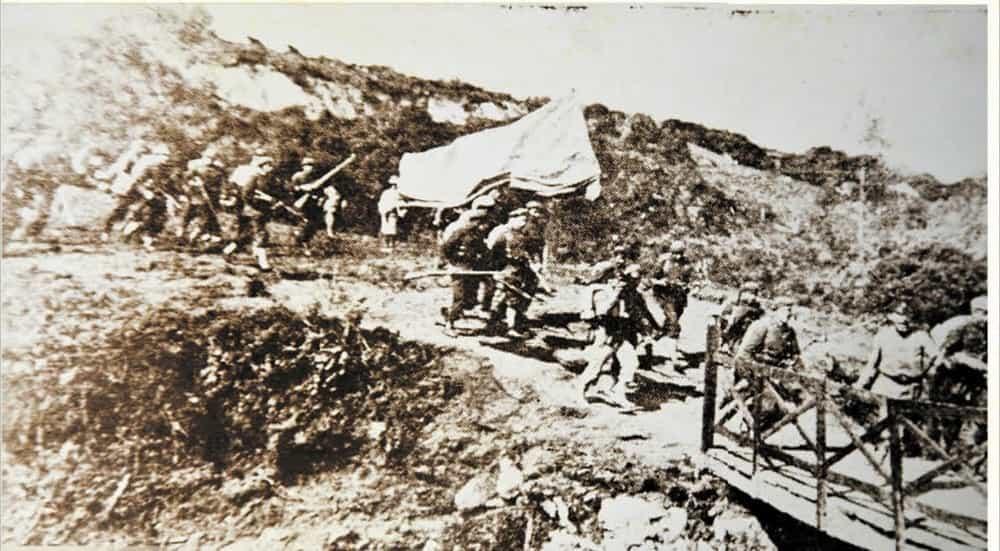 Esta es una de las fotos más antiguas de lo que realmente era el Puente de Boyacá. Allí en 1919 se hizo una representación de la batalla. Foto: archivo particular