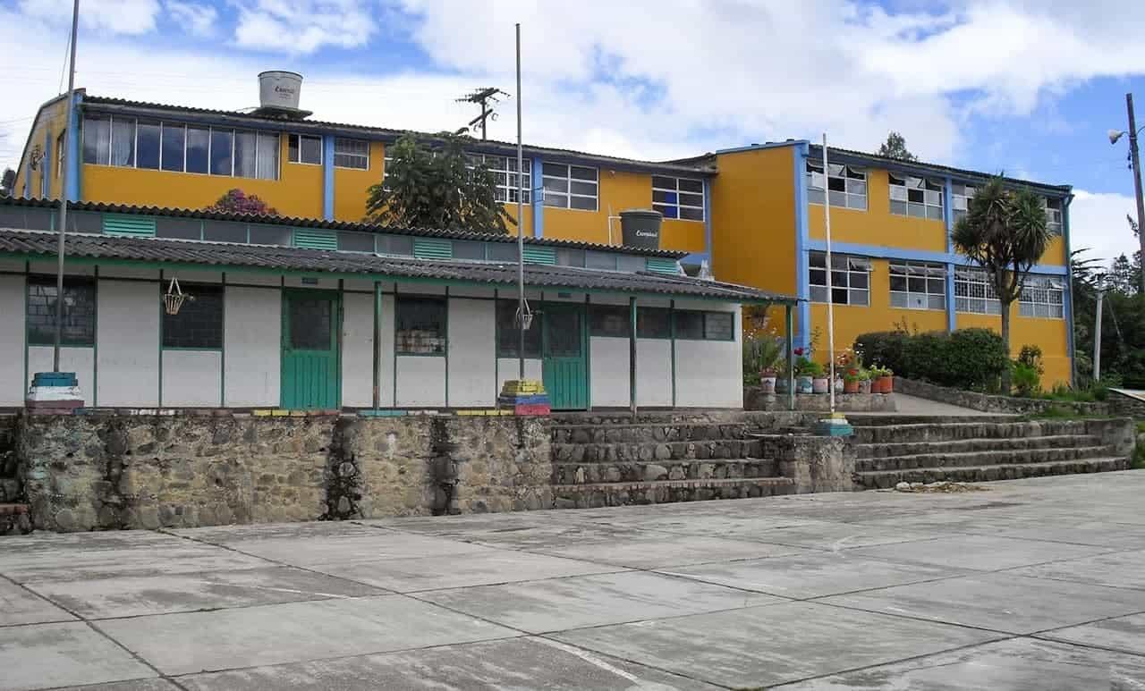 Intoxicados 19 estudiantes de un mismo curso en Viracachá 1