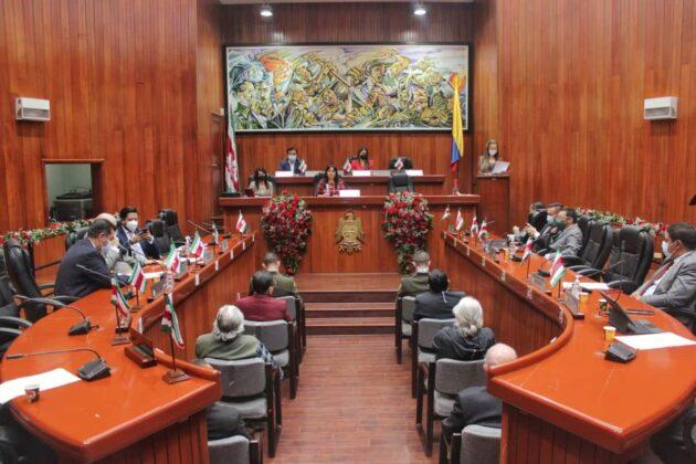 Panorámica de la sesión de la Asamblea departamental en la condecoración a lideres del departamento.Fotografía - Lucas Bautista Ruge - Boyacá Sie7e Días.