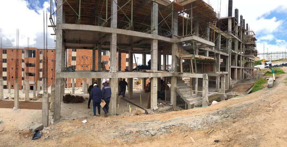 Según Camacol, el sector constructor es motor de la reactivación económica de Boyacá: se iniciaron en los primeros seis meses del año, 955 unidades de vivienda, lo que significa un aumento de 49% frente al mismo periodo del año pasado.
