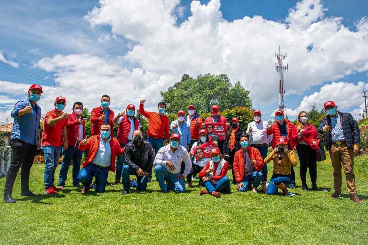 Los  líderes del partido Liberal en Boyacá le dieron su respaldo a David Ortega en Duitama. Foto: Archivo Particular