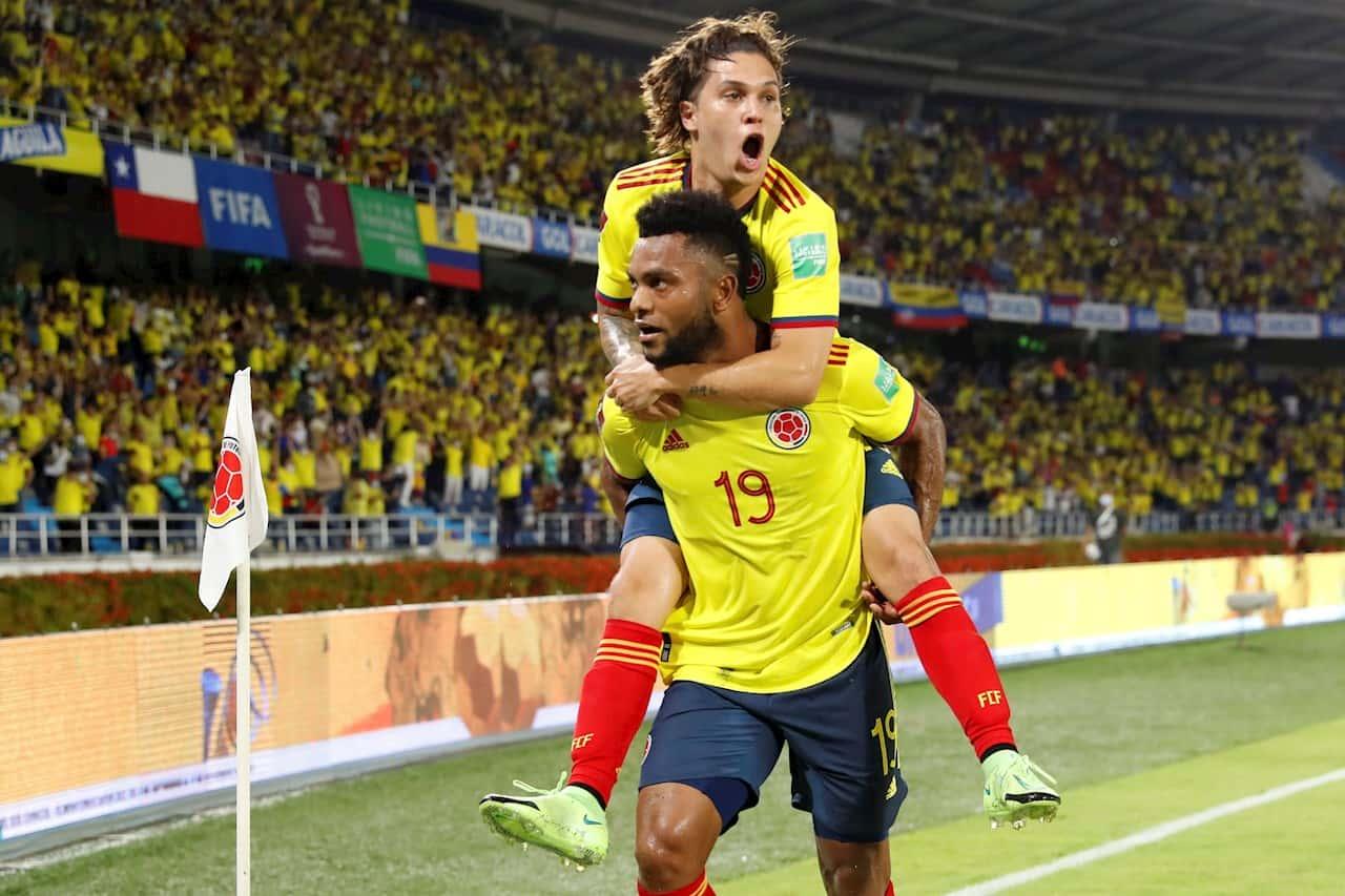 3-1. Colombia vence a Chile con un Borja superlativo y alcanza a Ecuador 1